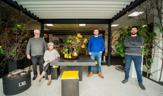 <p>Jan en Marja Ruiter met zoons Gerwin en Richard.</p>