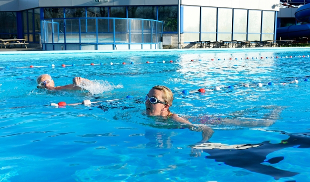 Buitenzwembad open