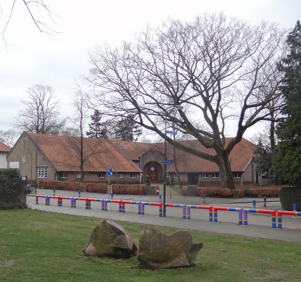 <p>Het 99 jaar oude gebouw van de openbare Prins Willem Alexanderschool aan de Beetzlaan.</p>