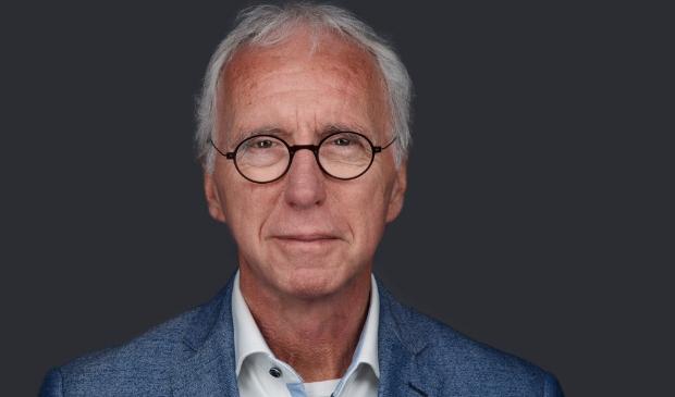 <p><em>Mr. Tjeerd van Veen.</em></p>