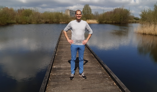 <p>Tijs Rokers, initiatiefnemer voor een Leusdense afdeling van de Partij voor de Dieren, zet zijn plannen vier jaar in de koelkast.</p>