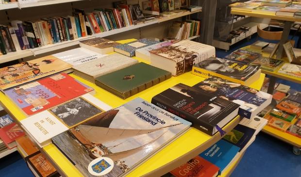 Alles staat klaar op de huidige locatie van de pop-up boekenmarkt aan de Langstraat 20 in Barneveld.
