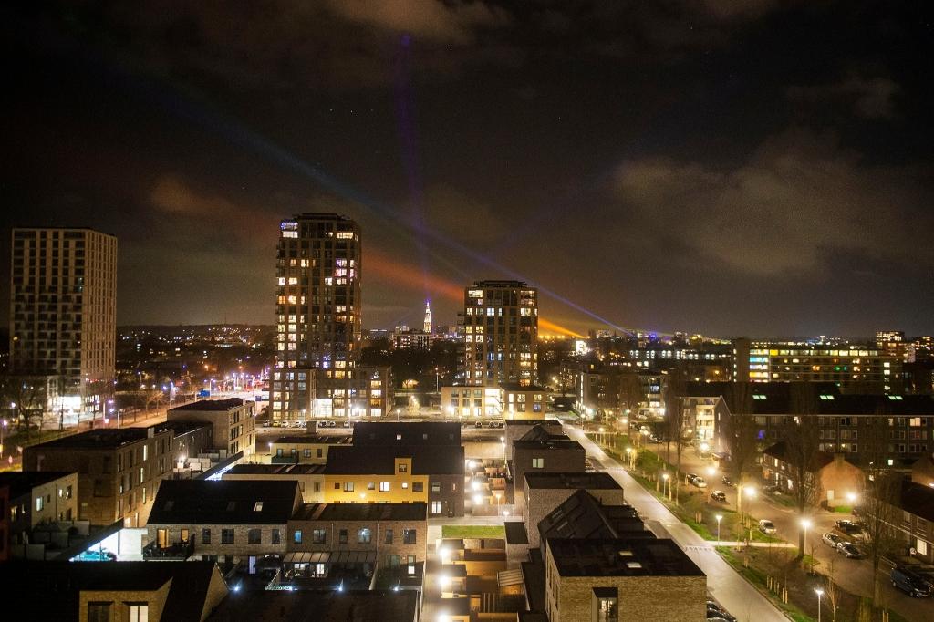 20210403 SA connecting lights lichten en lasers   Rinus van Denderen © BDU media