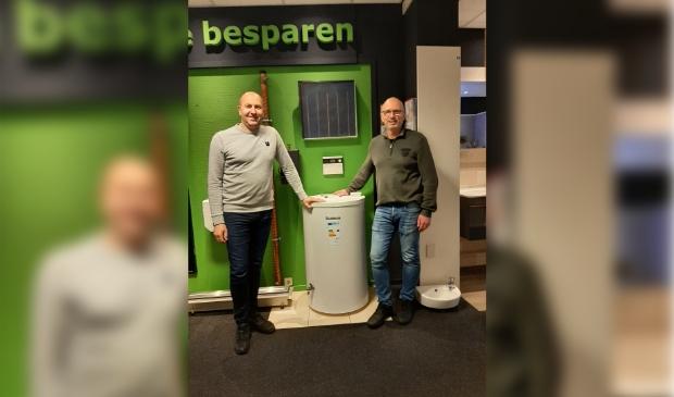 Michel Brouwer en JanHofland voor een zonneboiler systeem