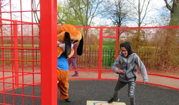 <p>Rayvin en Waski in duel in de pannakooi van de Wilgen.</p>