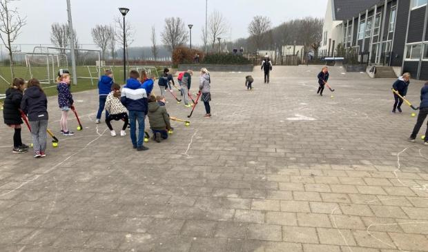 <p>De maand maart stond in het teken van de hockeysport, als onderdeel van het &lsquo;Sport van de Maand&rsquo;-project van Bunnik Beweegt. </p>