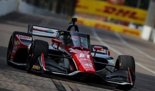 <p>Tijdens de Firestone Grand Prix of St. Petersburg kwam Rinus van Kalmthout als negende over de finish.</p>