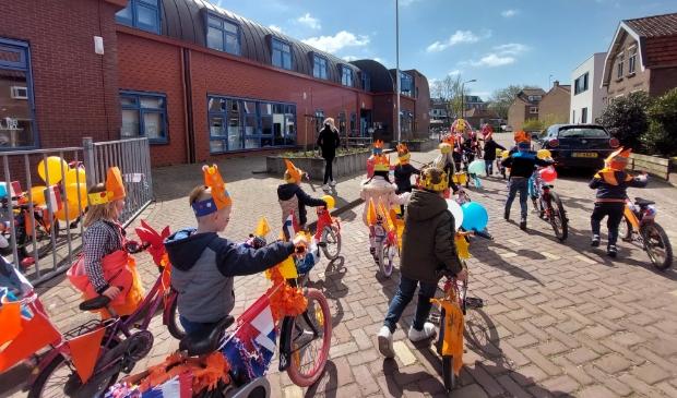 Versierde fietsen onderbouw Koningsspelen