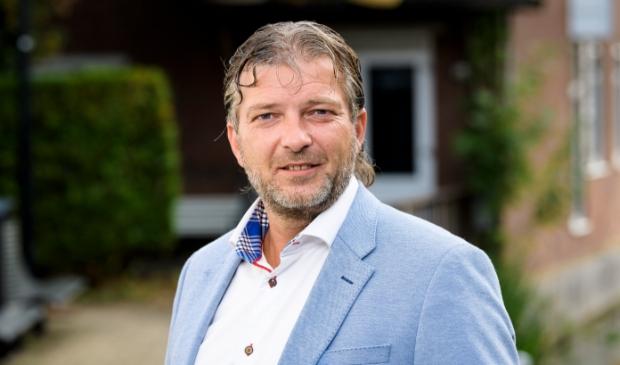 <p>De Langendam Hypotheken Verzekeringen Bankzaken<br>Peulenstraat 247, 3371 AM<br>Hardinxveld-Giessendam<br>0184-615156<br>info@delangendam.nl<br>www.delangendam.nl</p>