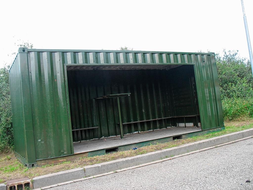 <p>Oplossing fotoquiz 47: &nbsp;Ede, Stevinlaan: &lsquo;hangplekcontainer&rsquo; in 2011.&nbsp;</p> <p>Henny Jansen</p> © BDU Media