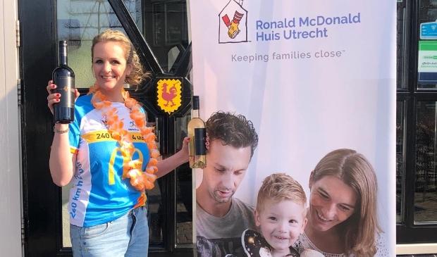 <p>Chantal van der Leest uit Bunnik zamelt geld in voor het Ronald McDonald huis in Utrecht&nbsp;</p>