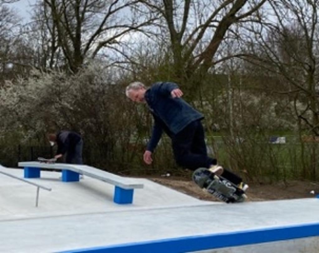 <p>Joep en Wouter testen als eersten de baan</p> Caroline de Vilder © BDU media
