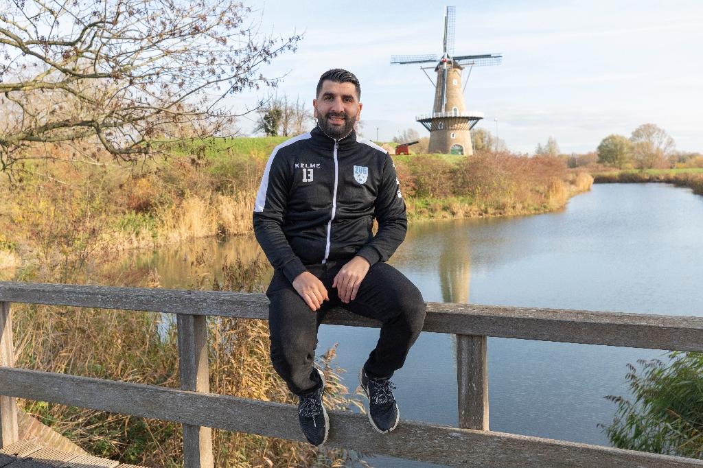 <p>Mohamed Boukrouche is geboren in de Haarwijk en werd al gekozen tot sportman van het jaar in Gorinchem</p>