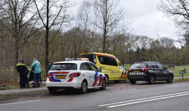 Wielrenner raakt gewond op de Biltseweg.