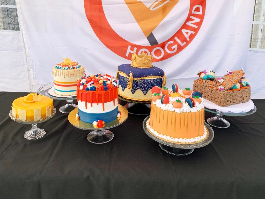 De genomineerde taarten Oranje Comité Hoogland © BDU media