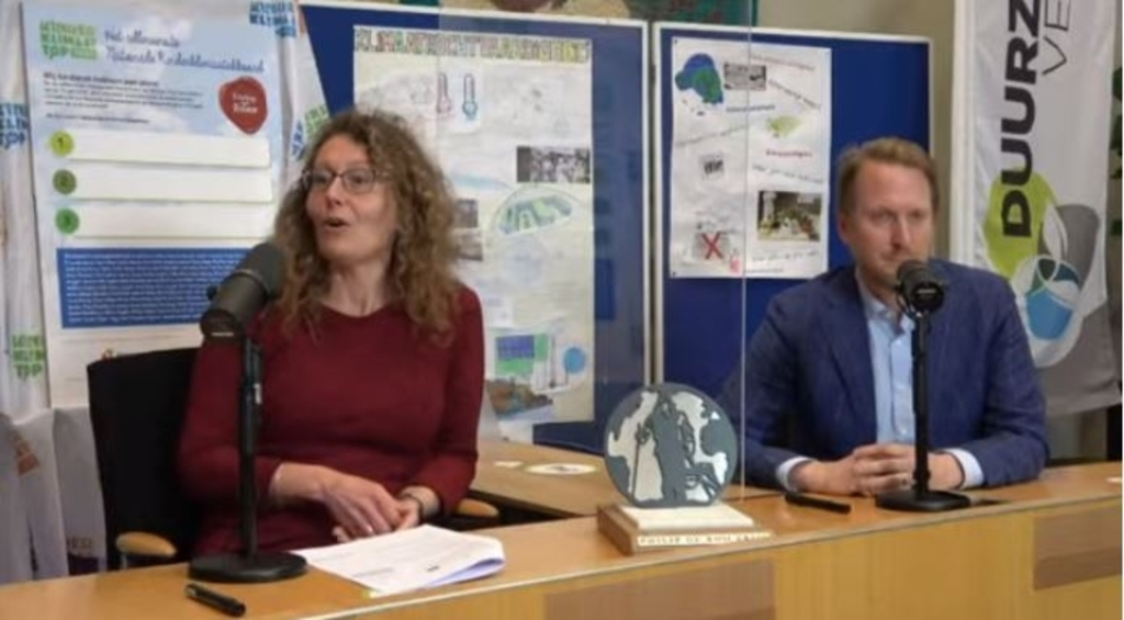 Petra Lettink, directeur Klimaatverbond Nederland en wethouder Sebastian Dinjens. Screenshot Kinderklimaatverbond © BDU Media