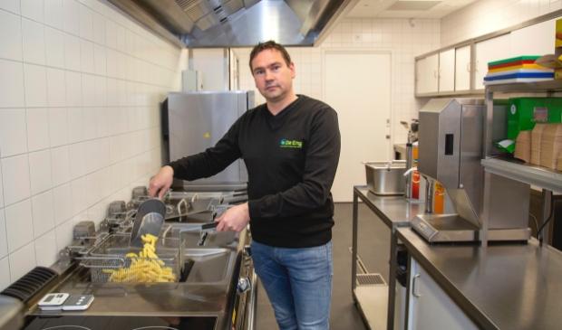 <p>Sebastiaan Blom, initiatiefnemer van het cafetaria in het nieuwe dorpshuis in Voorthuizen.</p>