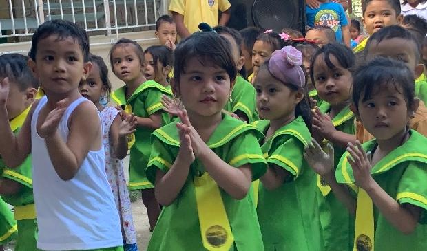 <p>Een van de vele projecten van de vriendschapsband is het project van het schooltje voor kinderen bij de vuilnisbelt van Cebu.</p>