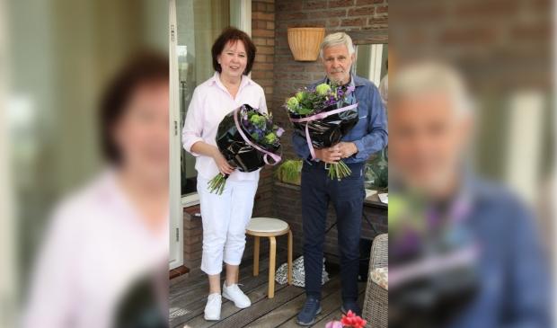<p>Victor Oskamp en Nancy Smith zijn al veertig jaar lid.</p>