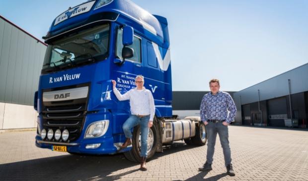 <p>Dirk-Jan en Renger Hazeleger zoeken een nieuwe chauffeur voor Internationaal Transport van Veluw.</p>