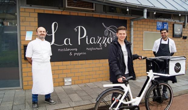 <p>La Piazza Woudenberg hoopt u straks te verwelkomen op haar terras en biedt momenteel een menu voor bezorging en afhalen vanaf De Nieuwe Poort 4</p>