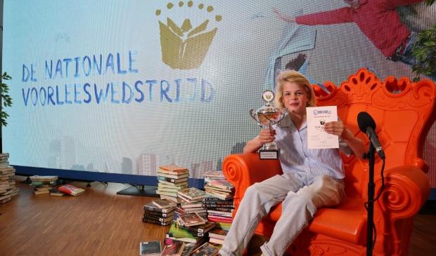 Charley van OBS Waterrijk uit Utrecht heeft op 29 april 2021 de provinciale finale van De Nationale Voorleeswedstrijd gewonnen.