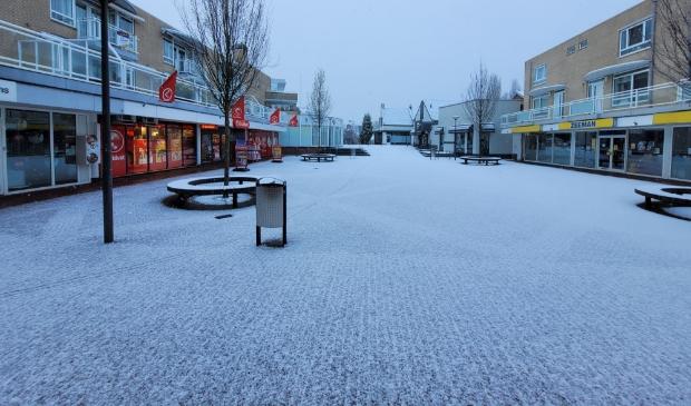 Sneeuw in het centrum van Hardinxveld-Giessendam
