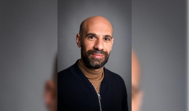 <p>Abdelkader Benali is volgend jaar gastconservator in het Cobra Museum.</p>
