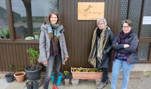 Sofie Jansen, Gerda Vermeer en Conny Vingerling, begeleiders Kindcentrum.