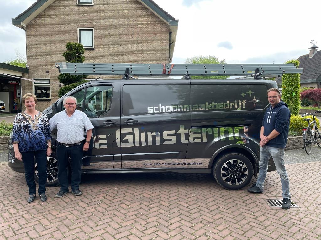 Zoon Gerwin neemt met Schoonmaakbedrijf De Glinstering het stokje van zijn vader over. Marco Jansen © BDU media
