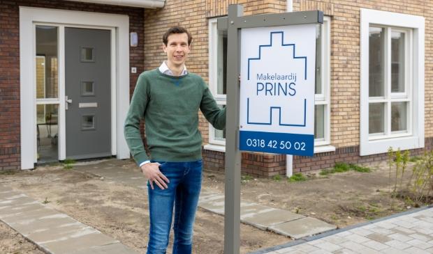 <p>Dirk Prins is per 1 april voor zichzelf begonnen in Ede.&nbsp;</p>