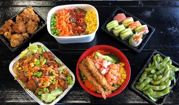 o.a. sushi, poké bowl en kapsalon van Food Time Houten