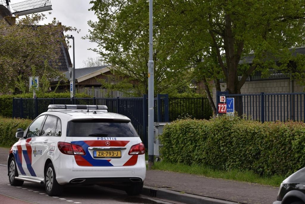 <p>De steekpartij gebeurde nabij de praktijkschool aan de Hoofdweg.</p>