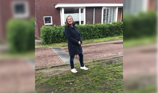 Rianne wint met haar idee voor meer bloeiende planten ipv verwaarloosd gras