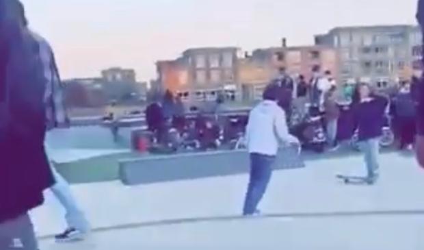 <p>Op het skatepark aan de Deltaweg in Hoofddorp komen dagelijks veel jongeren. Er zou sprake zijn van geweld, vandalisme en bedreiging.</p>