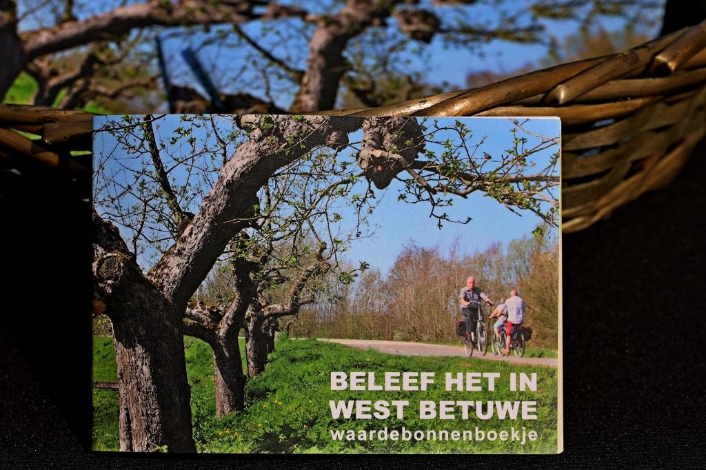 Het waardebonnenboekje Beleef het in West Betuwe  Gemeente West Betuwe © BDU Media