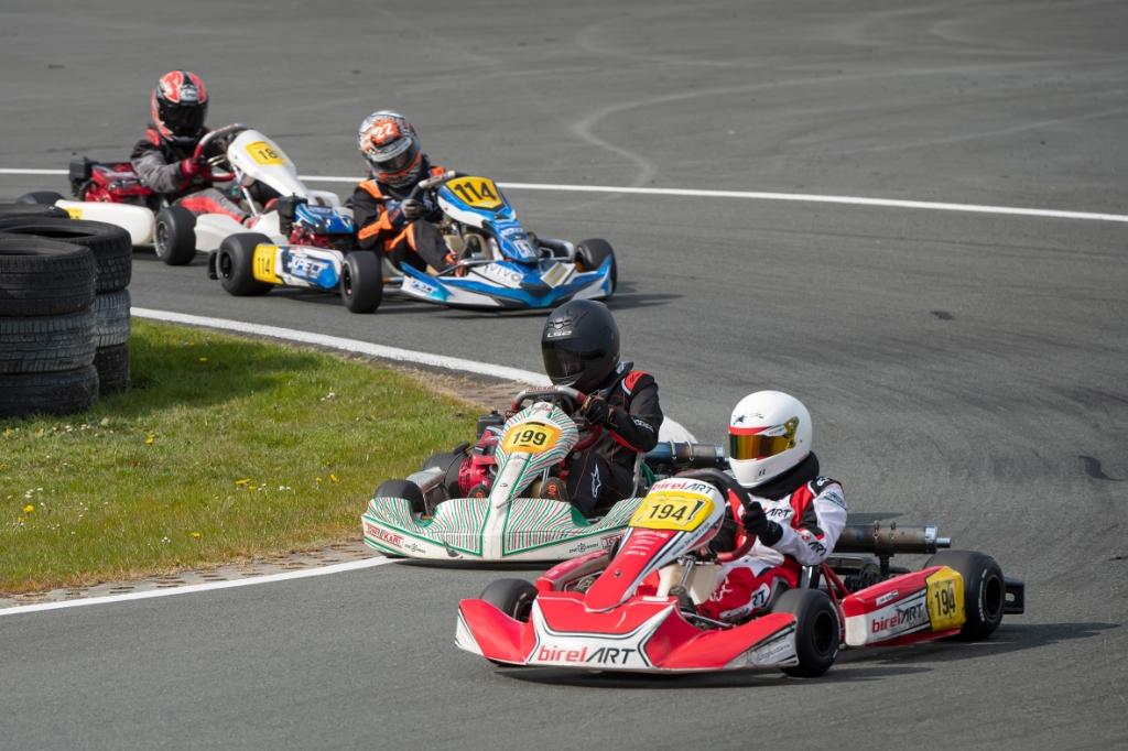 Lukas strijdt voor de eerste positie Ronald Stiefelhagen © BDU
