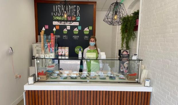De IJskamer is het adres op De Traaij voor ijs op yoghurtbasis met heerlijke toppings.