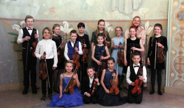 Vioollab Strings onder leiding van Miriam Veeger