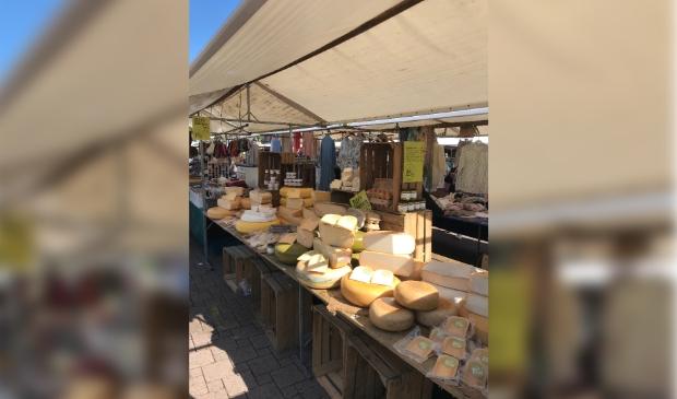 Kaaskraam vrijdag markt in Amersfoort