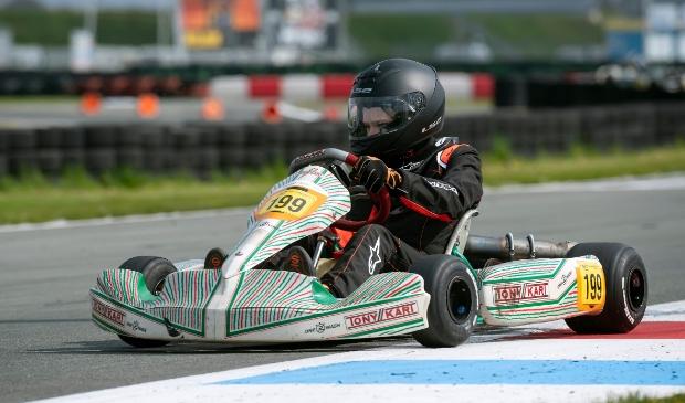 Lukas in een Honda 9PK kart