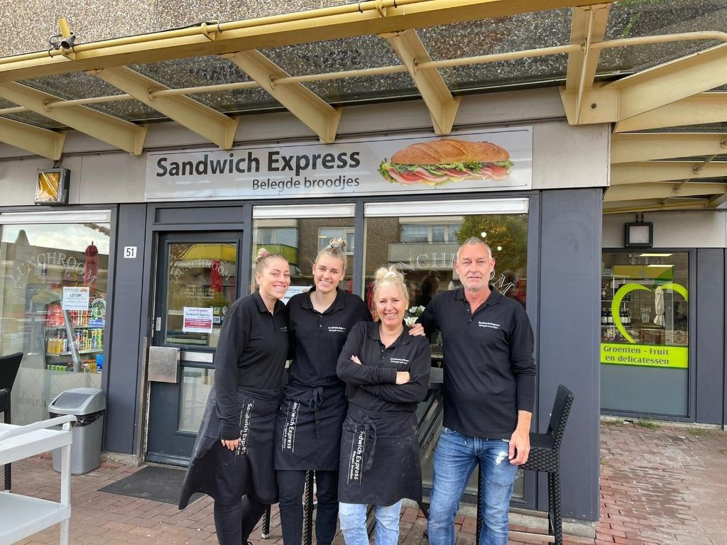 <p>Bij de Sandwich Express worden de klanten met een glimlach geholpen.</p>