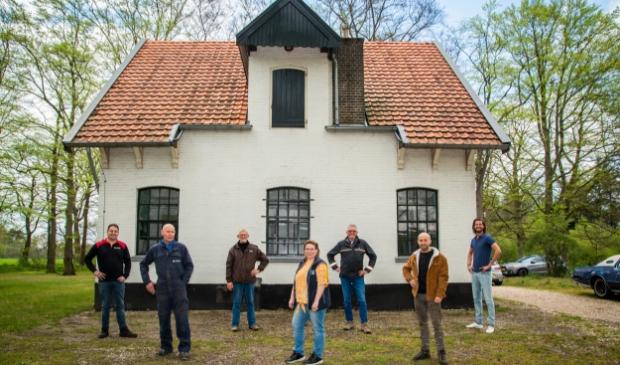 <p>Van links naar rechts: Bart van den Brink, Willem van Westerneng, Ben Heddes, Ciska de Jong, Kees Bouwman, Joost van Veldhuizen en Reinko de Vries. Wim Roskam ontbreekt op deze foto.&nbsp;<br><br></p>