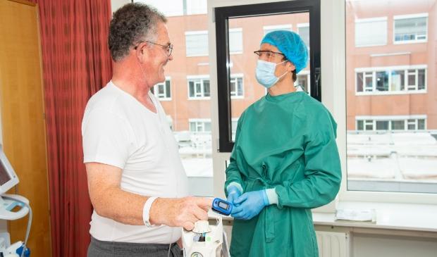Longarts Jeroen Verheul en patiënt