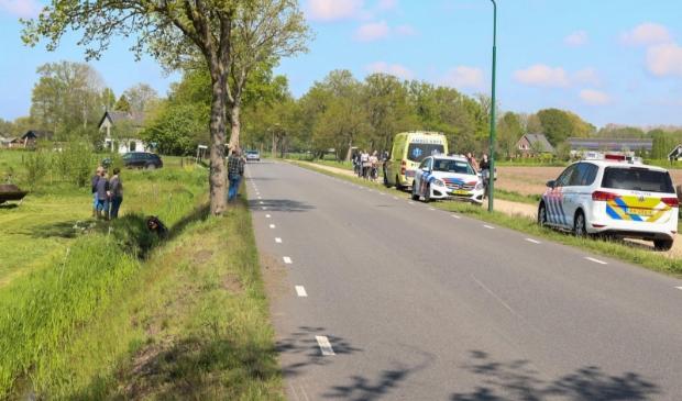 Het ongeluk gebeurde op de Hessenweg in Achterveld.