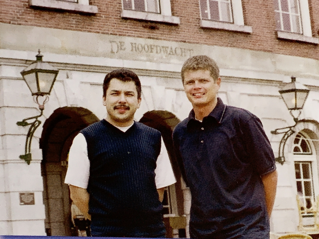 Reggie Ginus en Ed Ligthert in de beginjaren van De Hoofdwacht BDU Archief © BDU Media