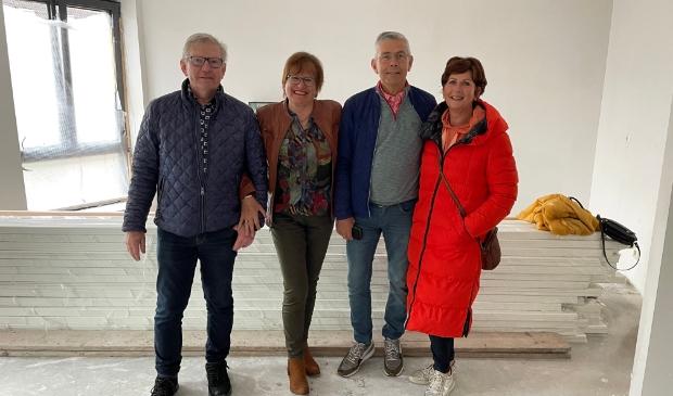 <p>De familie Duits en de familie Van Huigenbos, al veertig jaar vrienden en straks ook buren.&nbsp;</p>
