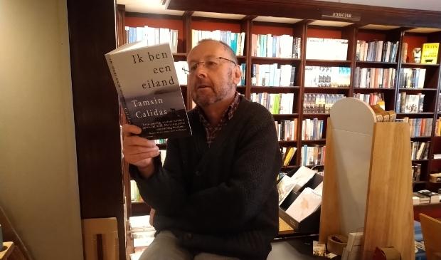 <p>Hans Loeve bespreekt elke maand een boek dat er uitspringt.</p>