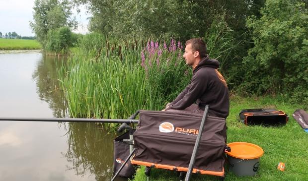 Winnaar Glenn Timmer die ruim 16 kg vis gevangen heeft