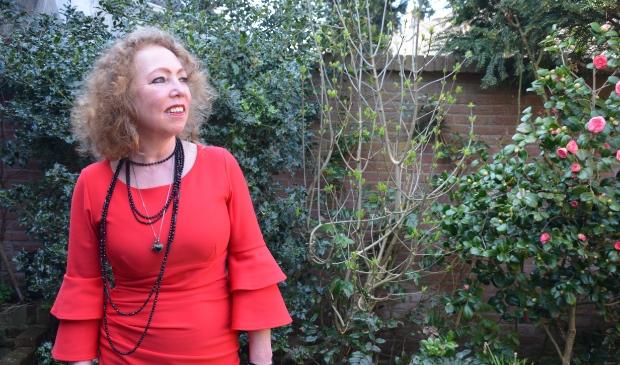 Liesbeth Lagemaat wint De Grote Poëzieprijs